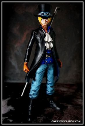 FIGURINE PRODER ONE PIECE SABO REPEINTE-002