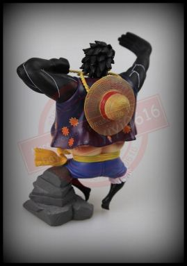fake luffy gear 4 bootleg-004